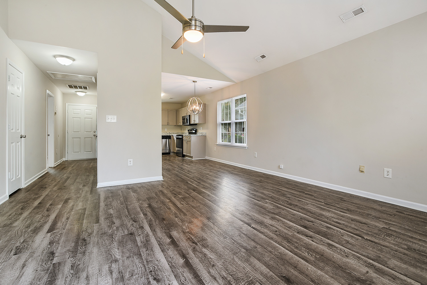 Virtual Staging - For vacant homes 69